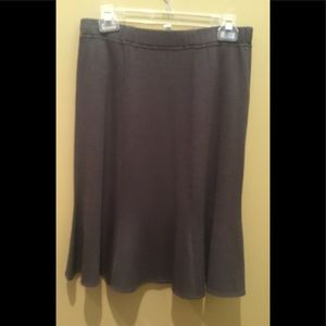 St John Collection NWT  Taupe Gored Skirt Size 6